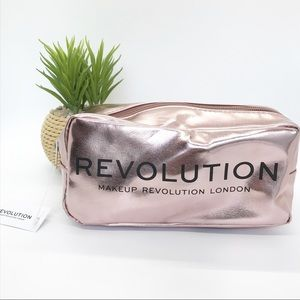 Revolution Makeup 5-Piece Makeup Set w/ Bag, NWT